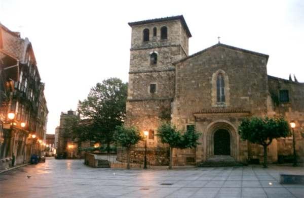 iglesia aviles: